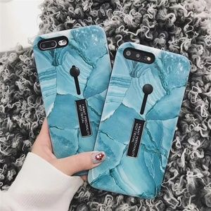 NEW iPhone X/7/8/7+/8+ Silicone Ring Stand Case